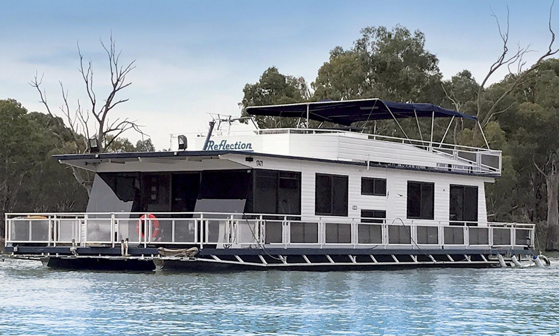 Mildura Houseboat